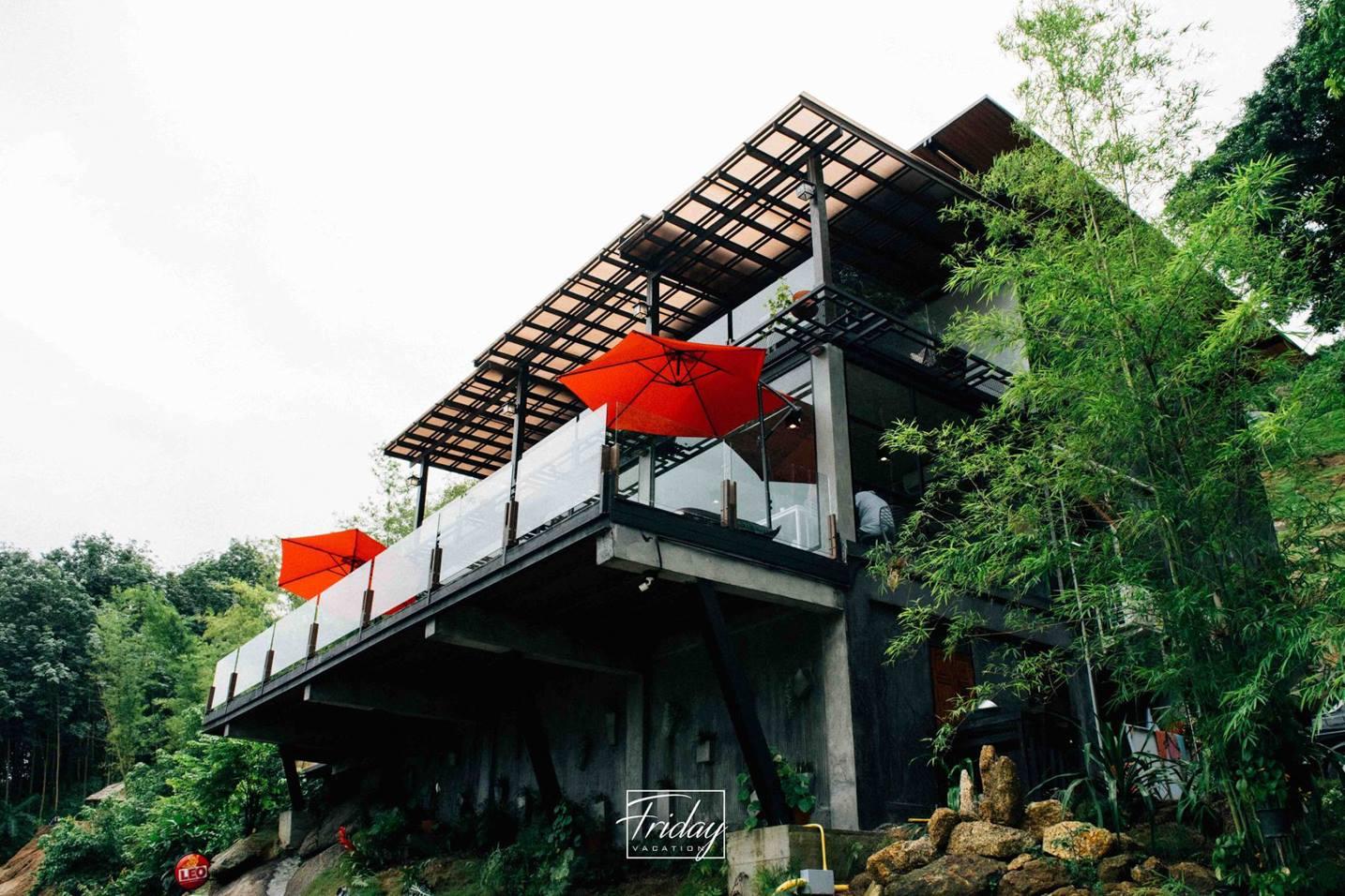 มีคาเฟ่สวยๆ-วิวหลักล้านด้วยนะเออ พิกัด-:-Kiriwong-Valley-?-ที่-The-Kiriwong-Valley-Villas---Restaurant นครศรีธรรมราช,มีอะไรบ้าง,สถานที่ท่องเที่ยว,ร้านอร่อย,ของกิน