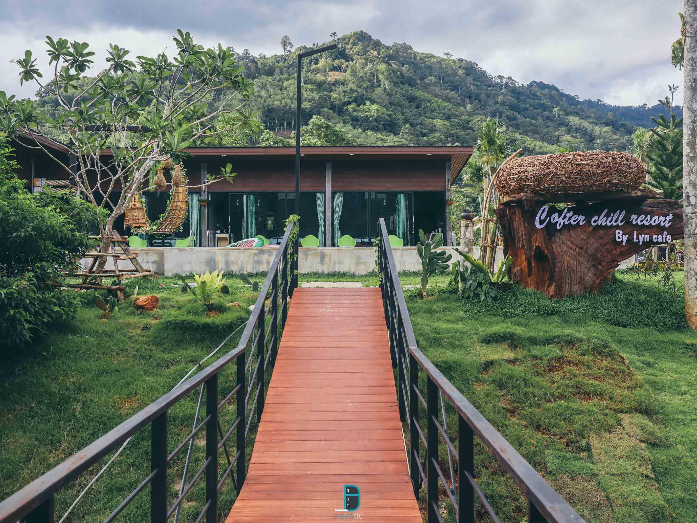 โรงแรม,ช้างกลาง,รีสอร์ท,ที่พักริมลำธาร,สระว่ายน้ำ,คาเฟ่,ริมสระ