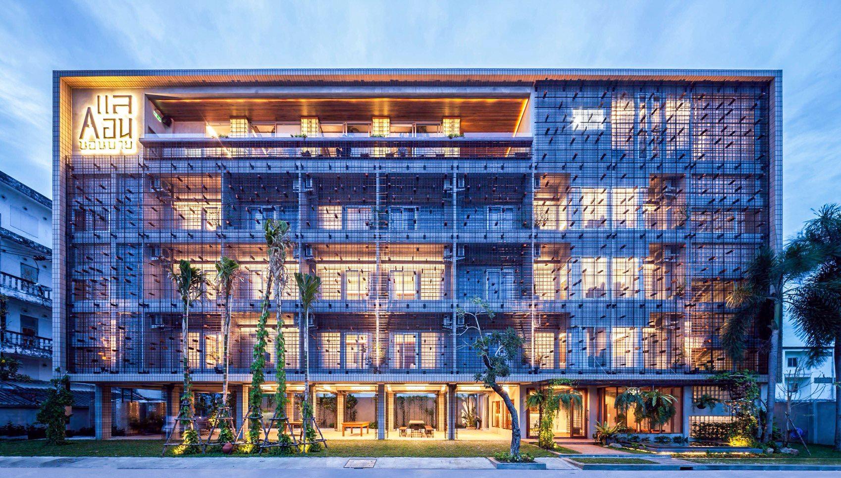 ถือว่าสุดยอด-Full-Architecture-จริง  สถาปัตยกรรมร่วมสมัย,อำเภอเมือง,นครศรีธรรมราช,rooftop,การออกแบบ,ที่พัก,โรงแรม