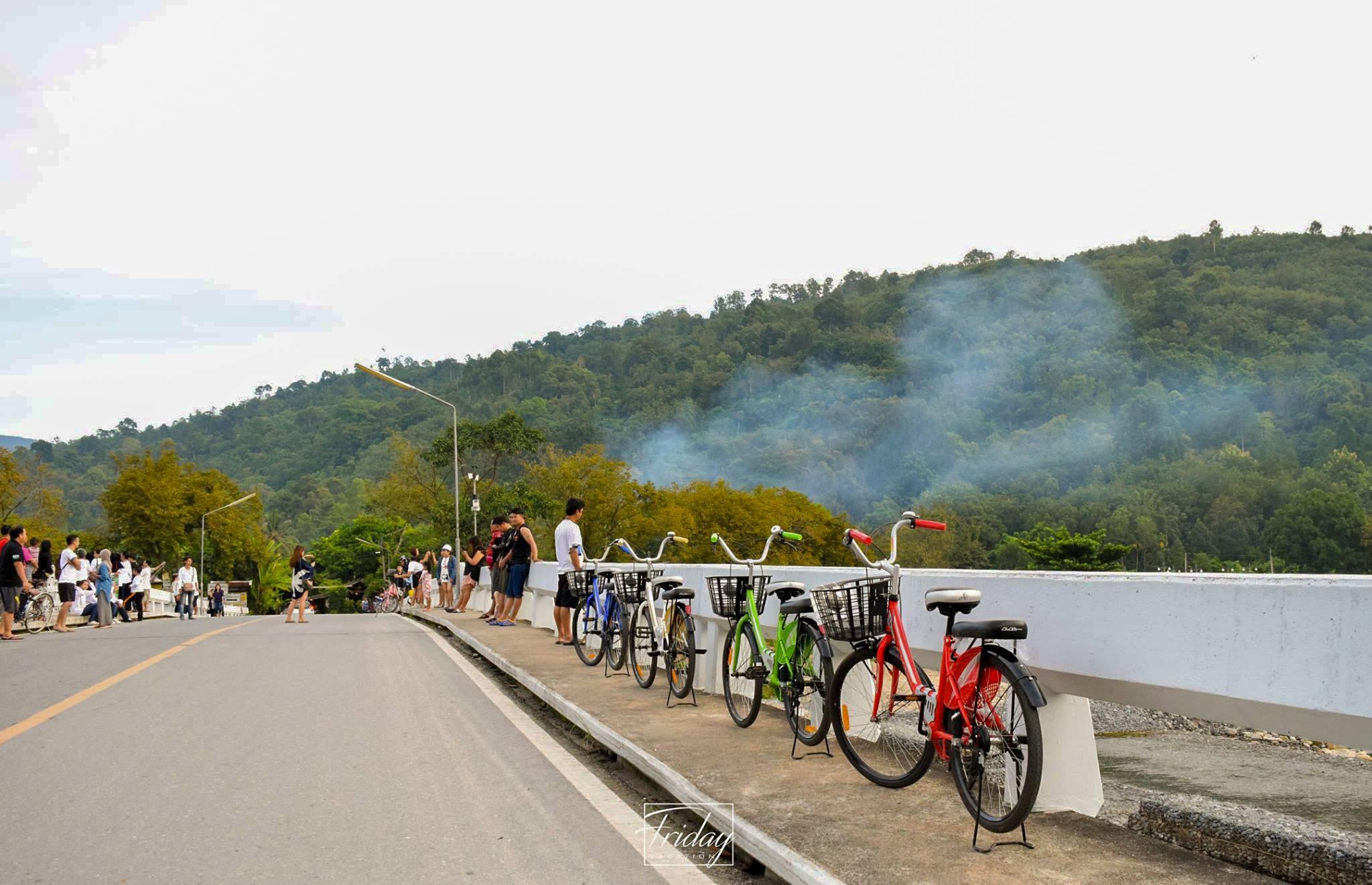 5.-คีรีวง-หมู่บ้านอากาศดีที่สุดในประเทศไทย แหล่งนี้คือจุดยอดฮิตสุดๆครับ-ดูจากในรูปต้องรอคิวกันถ่ายเลยนะเออ รีวิวตัวเต็ม-คลิกที่นี่ นครศรีธรรมราช,จุดถ่ายรูป,จุดเช็คอิน,ทะเล,ภูเขา,ป่า,น้ำตก,ลำธาร,คาเฟ่,ร้านอาหาร,จุดถ่ายรูป