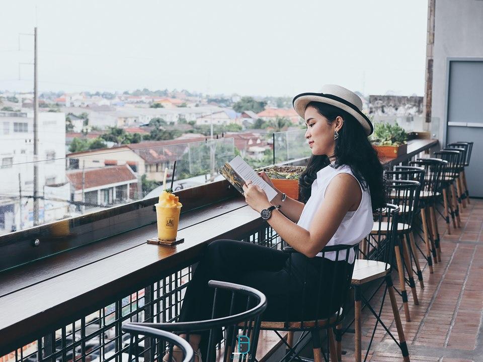 วิวสวยๆ-บนชั้นบนสุดของโรงแรม-แลคอนนอนบาย-เห็นวิวพระธาตุ-และวิวอำเภอเมืองสวยๆ  อำเภอเมือง,ของกิน,ร้านอร่อย,ที่พัก,นครศรี,โรงแรม,รีสอร์ท,ร้านอาหาร