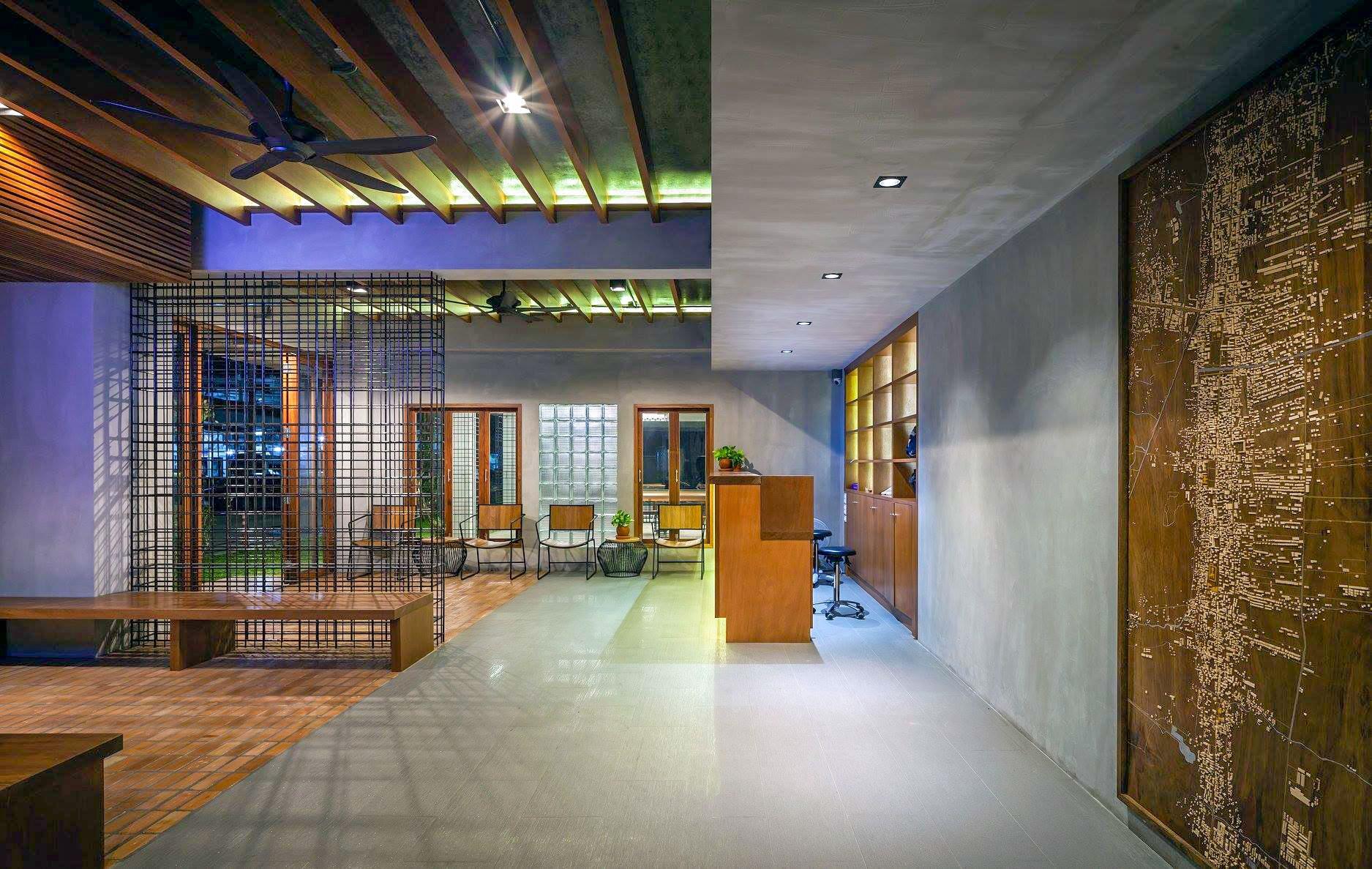เดินเข้ามาเจอ-Lobby-จะพบกับการนำเหล็กเส้น-และของตกแต่งต่างๆ-แล้วครับ  สถาปัตยกรรมร่วมสมัย,อำเภอเมือง,นครศรีธรรมราช,rooftop,การออกแบบ,ที่พัก,โรงแรม