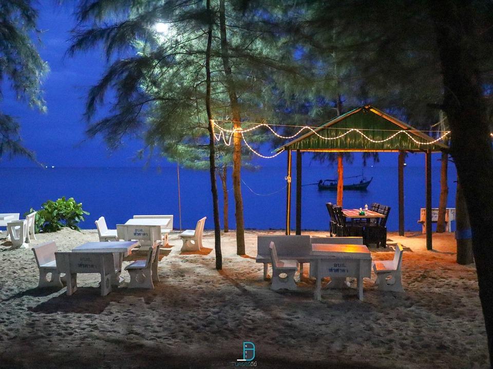 บรรยากาศยามค่ำคืนก็สวยยย  ครัวทะเล,หาดบ่อนนท์,ของกิน,อาหารทะเล,ร้านซีฟู๊ด,ท่าศาลา,หาดท่าสูง