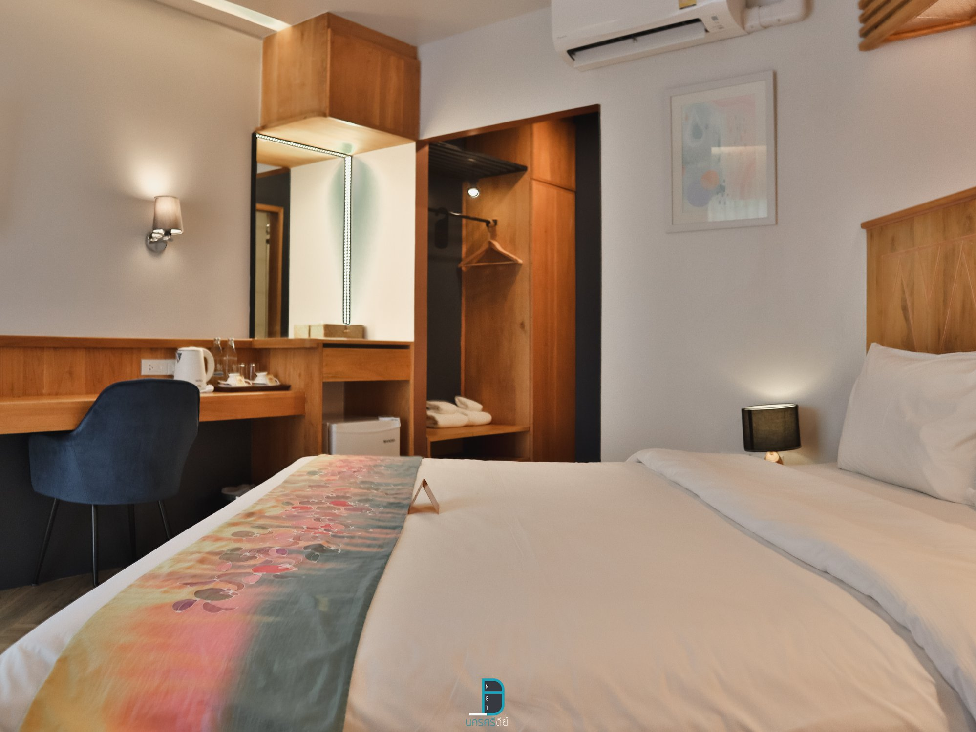 ห้องพักสวยใหม่สไตล์-Modern-ใช้ไม้อย่างดีคุณภาพสูง-วัสดุต่างๆภายในโรงแรมก็ดีย์จริงครับ ที่พัก,คีรีวง,นครศรีธรรมราช,คาเฟ่,ของกิน,ลานสกา,โรงแรม,รีสอร์ท