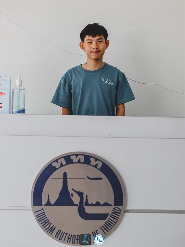 9.-TAT-สำนักงานสตูล ใกล้ๆกันกับร้าน-Little-Brownie-เป็นสำนักงานการท่องเที่ยวแห่งประเทศไทย-สำนักงานสตูล-มีเจ้าหน้าที่หล่อๆสวยๆ-น่ารักให้คำแนะนำถึงสถานที่ท่องเที่ยว-การเดินทาง-และข้อมูลต่างๆอย่างครบถ้วนให้แก่นักท่องเที่ยวเลย-ใครไปเที่ยวสตูลก็แวะขอข้อมูลกันได้เน้ออ-จุดท่องเที่ยวเยอะมากกก สตูล,แหล่งท่องเที่ยว,จุดเช็คอิน,ของกิน,คาเฟ่,ทะเล,ภูเขา