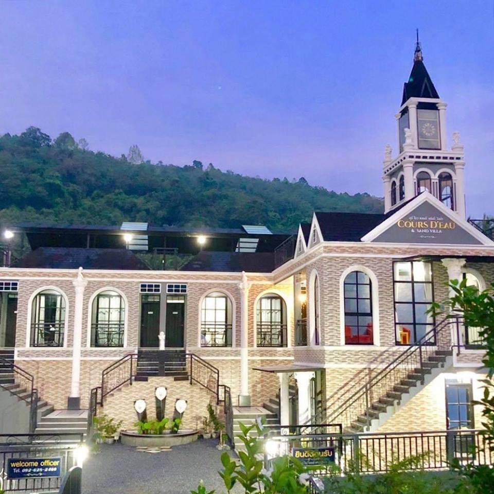 ที่พัก,นครศรีธรรมราช,โรมแรม,รีสอร์ท,อพาร์ทเม้นต์,กลางเมือง,ห้องพัก,วิวหลักล้าน,คาเฟ่